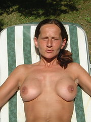 amateur average wife topless