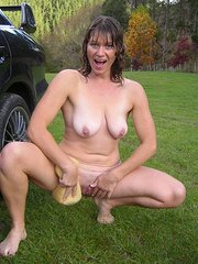 amateur wife milf hairy pussy pics