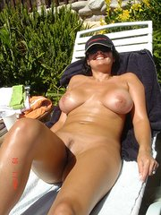 amateur naked wife tugging