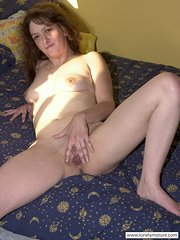 amateur wife in glasses bbc
